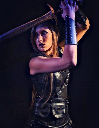 Livre fantasy guerrière shooting Aléane