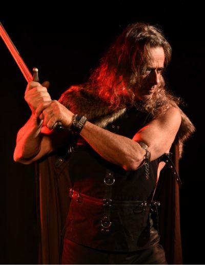 Roman fantasy guerrier médiéval épée shooting Beïssel